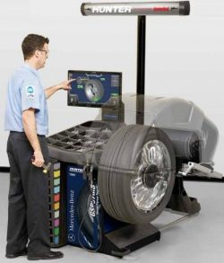 GSP 97MB - Masina pentru echilibrarea si masurarea vibratiilor - cu lift, omologat Mercedes